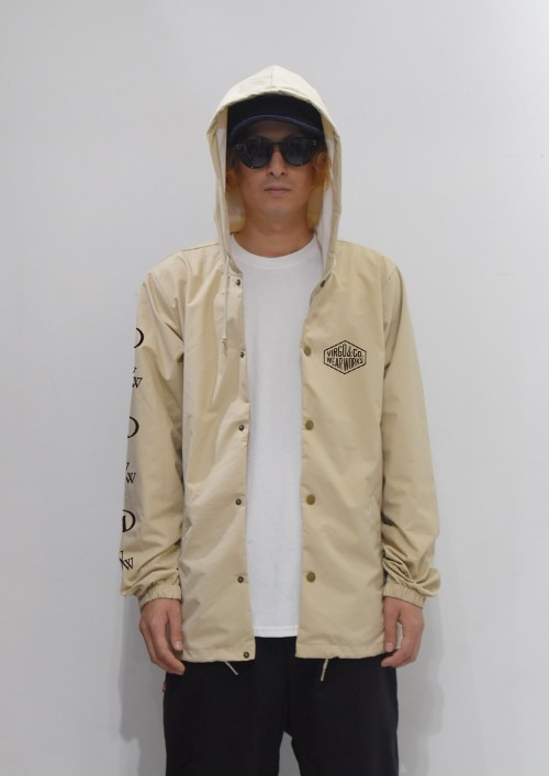 coatch_jacket_beige_front2.jpg
