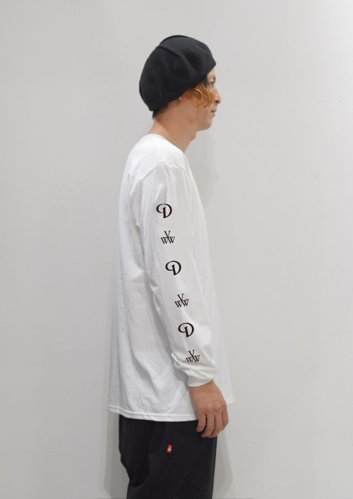 longsleevetee_white_side1.jpg